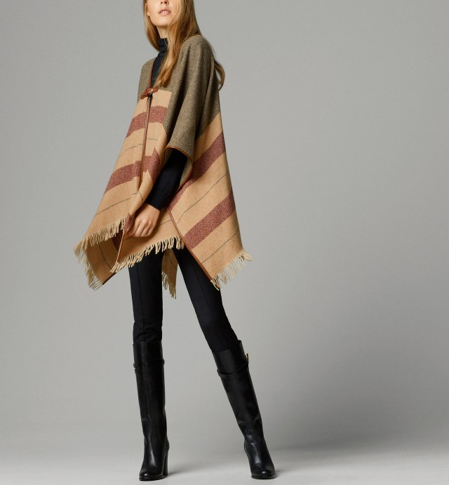 poncho/capa/manta, Olivia Palermo, Burberry, poncho/cape/blanket, alerta trendy, iniciales personalizadas, personalized initials, low cost,